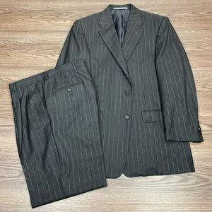 Hickey Freeman Charcoal Grey Pinstripe Suit 40R